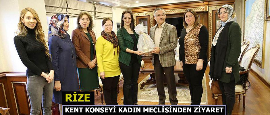 Kent Konseyi Kadın Meclisi Başkanı ve yönetim kurulu üyelerinden Vali Kemal Çeber'e ziyaret.