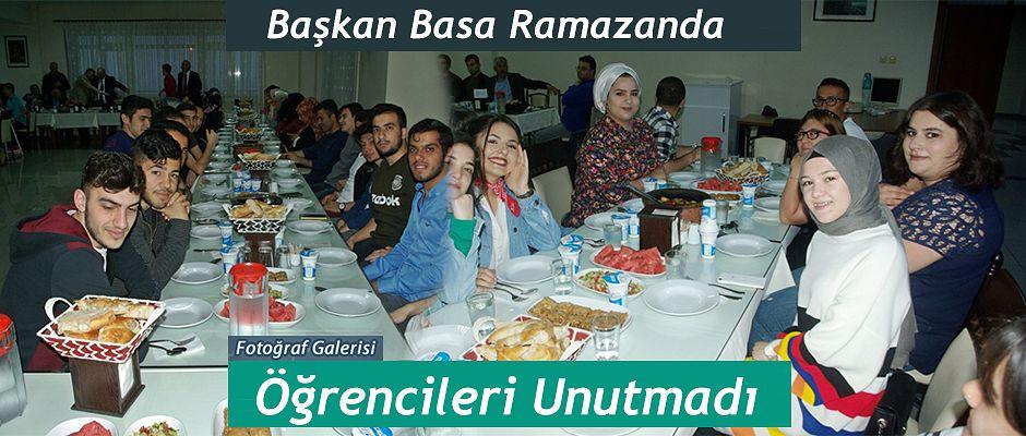Başkan Basa'dan Öğrencilere İftar yemeği