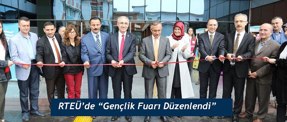 RTEÜ' de 'Gençlik Fuarı' Düzenlendi
