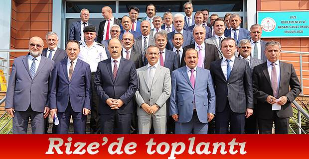Rize'de Toplantı