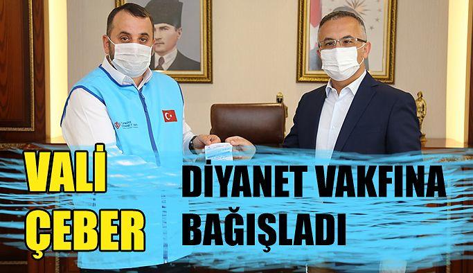 Vali Kemal Çeber 2020 Yılı Kurban Bağışını TDV'a Yaptı