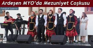 Ardeşen MYO'da Mezuniyet Coşkusu
