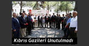 KIBRIS GAZİLERİNE MADALYA VE BERAT