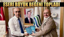 """REKTÖR KARAMAN'IN """"NURETTİN TOPÇU"""" ESERİ BÜYÜK BEĞENİ TOPLADI"""