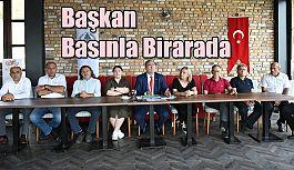 BASINLA KAHVALTI PROGRAMINDA BİR ARAYA GELDİ
