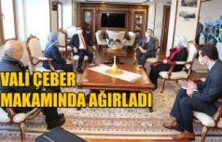 Vali Kemal Çeber, Lalu Muhamad Iqbal'i Makamında...