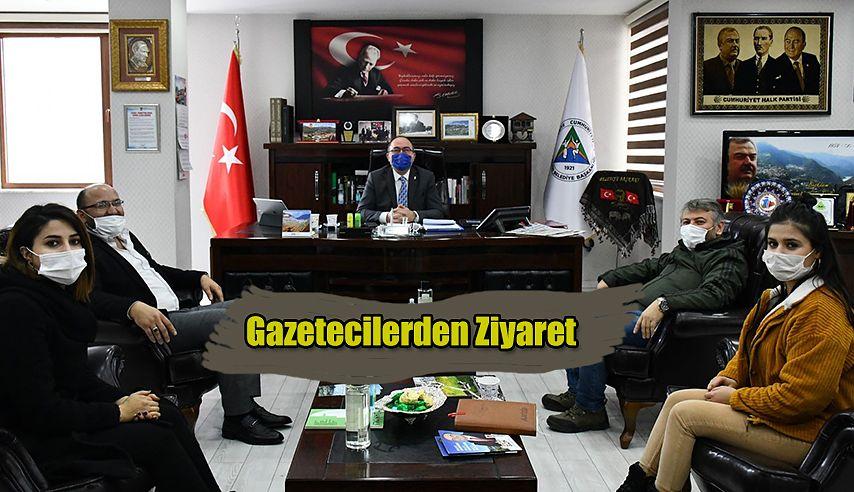 GAZETECİLERDEN BAŞKAN ELÇİN'E ZİYARET