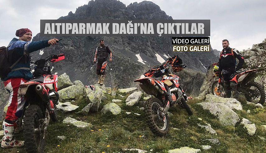 Altıparmak Dağı'na Motosikletle Çıktılar